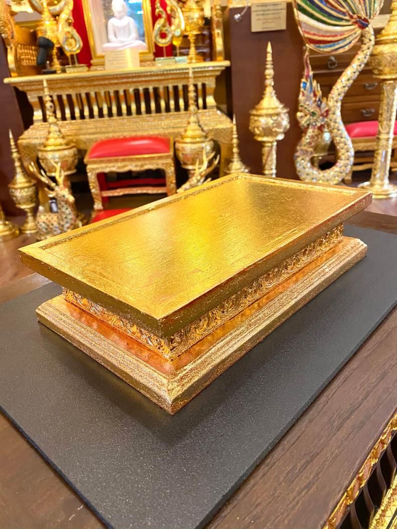 ฐานพระ แบบ ปิดทอง